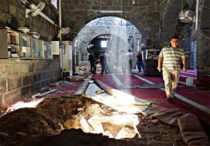 De Al-Omari Moskee in Daraa is ernstig beschadigd.