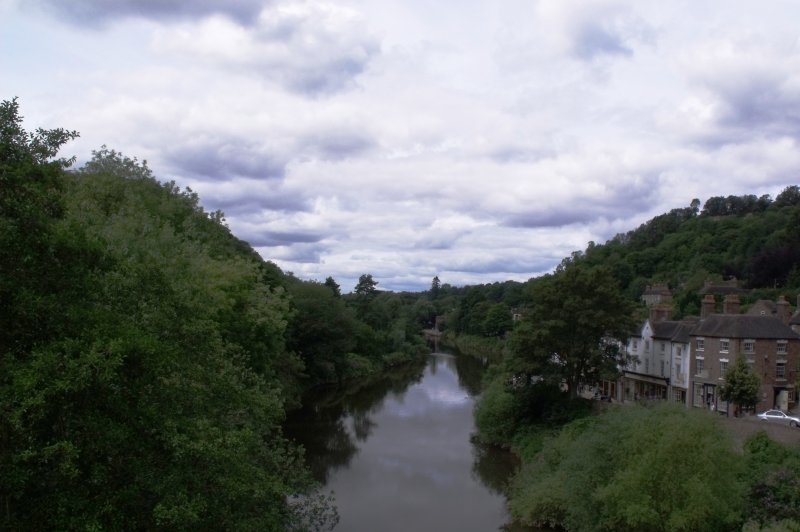 Clouds over the Ironbridge Gorge, River Severn from the Iron Bridge. (Foto: CC/Flickr.com | Elliott Brown)