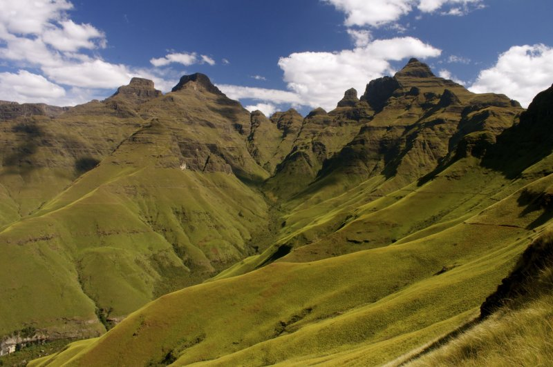Drakensberg Mountains, Cathedral Peak. (Foto: CC/Flickr.com | Simon Falvo)
