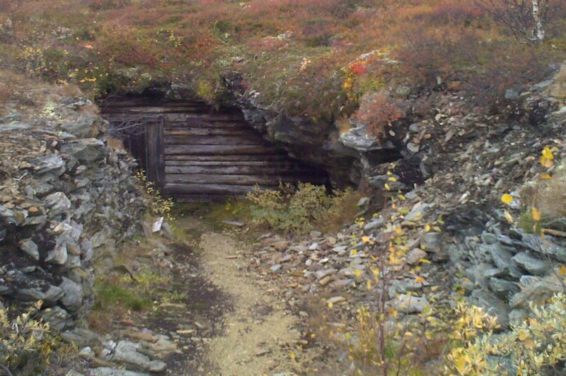 Old mine entrance. (Foto: CC/Flickr.com | whoelsenorth)