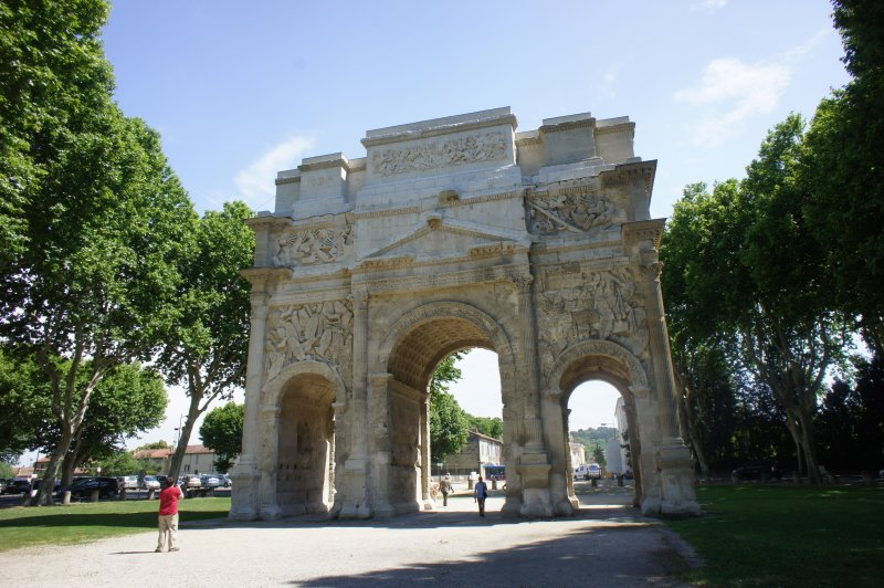 Roman arch Orange north side. (Foto: CC/Flickr.com | Howard Stanbury)