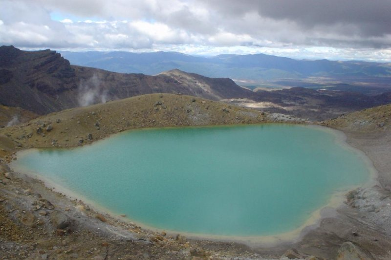 Tongariro blue lake. (Foto: CC/Flickr.com | Dino Borelli)