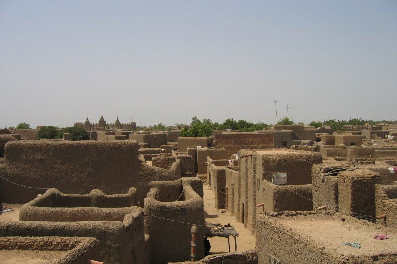 View of residential area in Djenne. (Foto: CC/Flickr.com | Erwin Bolwidt)